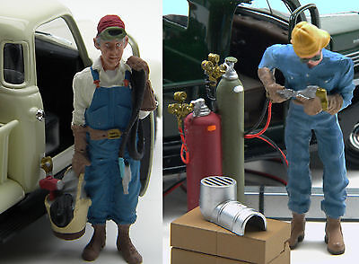 G Scale 2 Large Scale Figures, Wally and Wilbur,  the Welders  1/24 - 1/22.5