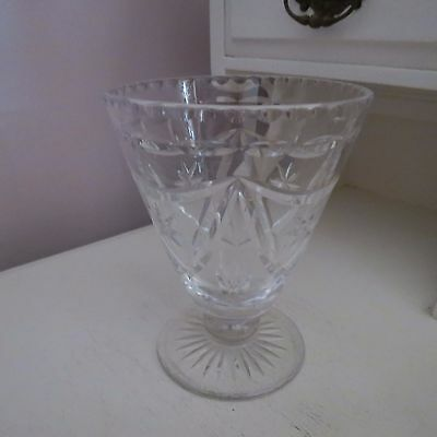 Beautiful vintage cut crystal vase