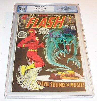 The Flash #207 - Graded VF/NM 9.0 - DC 1971 Bronze Age issue (Neal Adams cover)