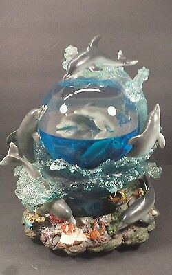 Sankyo Musical Water Globe Dome Dolphins Plays The Entertainer Lights up & moves