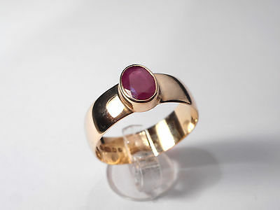 9CT GOLD RUBY (1CT) VINTAGE RING ...... (ring size Z)