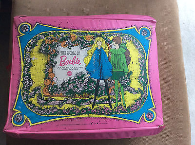 1968 MATTEL WORLD OF BARBIE DOUBLE CASE, 9 DOLLS, LOTS OF OUTFITS CLOTHES Shoes