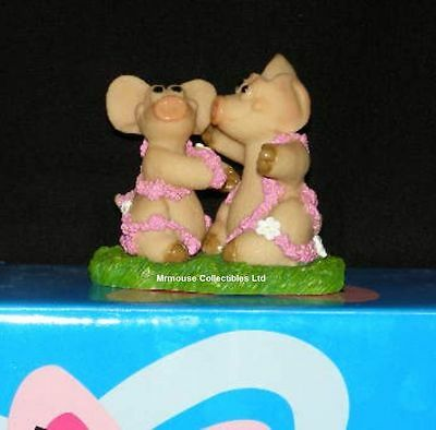 Piggin / Pig Collectors Figurine - Together In Love # 19454 Sweethearts