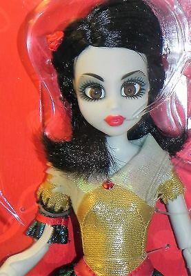 WowWee Zombie Snow White Once Upon a Zombie Doll NRFB
