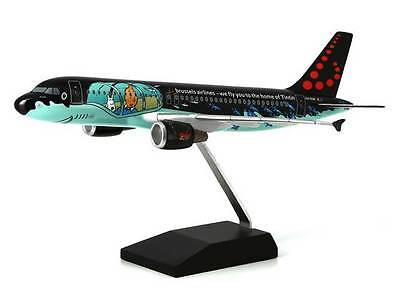 Airbus A320 . Tintin/Moulinsart .  Airbus A320 Rackham . Brussels airlines