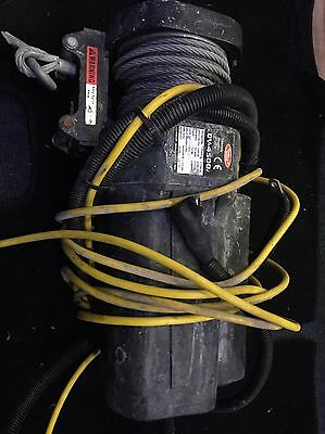 Electric Winch with Steel Rope dC4500 12v