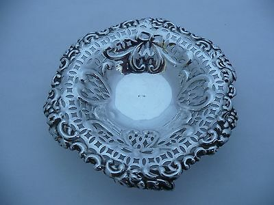 Superb Antique Solid Silver Hallmarked Pierced Edge Bon Bon Dish On Ball Feet