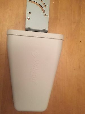 Wilson 314475 Ohm Wide Band Directional Antenna 700-2700 MHz w/ F Female 314475