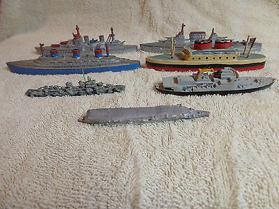 Vintage Tootsietoy Metal Boats , And More Lot Of Seven
