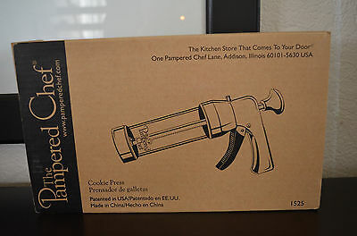 """The Pampered Chef """"Cookie Press"""" 1525"""