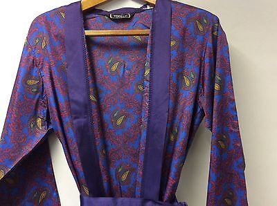 Vintage men's 1960's Blue and red paisley tootal dressing gown