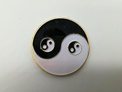 Yin Yang Tai Chi Eight Diagrams Golden Poker Chip Coin Card Guard Protector