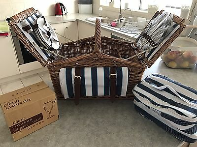 Willow Deluxe Picnic Basket For 4 People (Santorini)