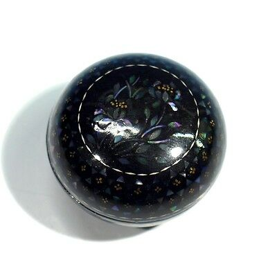 Vintage Mother of Pearl Inlayed Papier Mache Pill Box.