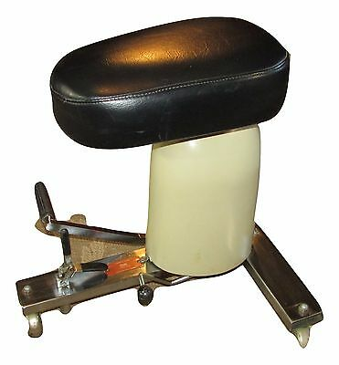 Stryker Hydraulic Stool~Dental~Surgical~Physician~Exam Room Medical Chair~VIDEO