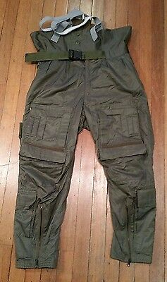 "Royal Air Force (RAF): Cosalt Aircrew MK3 Cold Weather Trousers Size 4 (34"")"