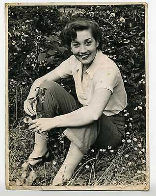 MYRTLE ROWE, actress, Hand Signed Vintage Photograph 1948