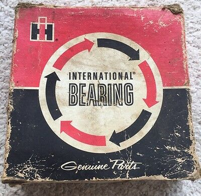 Vintage International Harvester IH Advertising Tractor Bearing Box Only Old Box