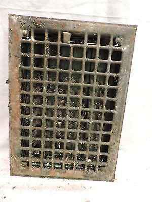Vintage 1920S Iron Heating Grate Square Design 13.75 X 9.75