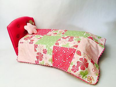 American Girl Blossoms and Blooms Bed and Bedding Kanani Leah