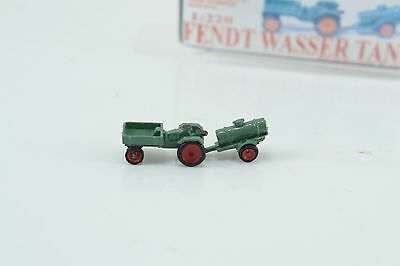 Wespe Models FENDT Agricultural Tractor w/ Water Trailer  Z Scale 1:220 Green