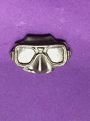 Silver Pewter Mask Pin Badge, Gift, Brand New, Diver, Marine, Sea, Snorkel
