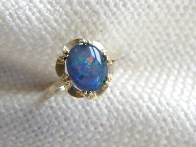 vintage TRIPLET opal 9ct gold ring ~ beautiful stone lovely setting