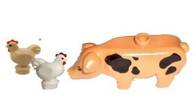 LEGO® Farm Lot -  Spotted Pig and 2 Chickens