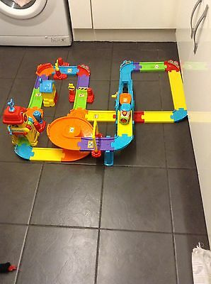 Vtech Toot Toot Train Station And Train