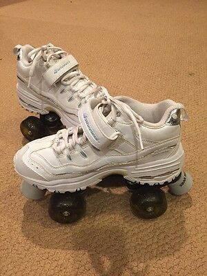 4 Wheelers Skechers Womens 6 White With  Sparkles Wheels Roller Skates Quad Box