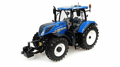 TRACTOR TRATTORE NEW HOLLAND T7.225 modellino 1:32 UNIVERSAL HOBBIES UH4893