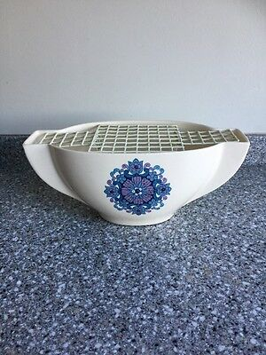 New Devon Pottery Newton Abbot Retro Style Flower Bowl With Floral Like Design