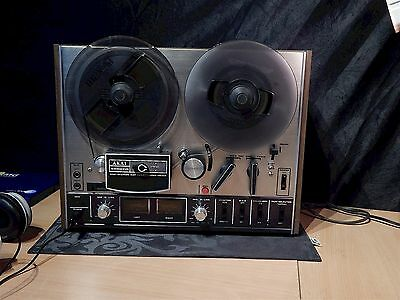 AKAI reel to reel 4000DS MKI fully functional, optical nice (see pictures).