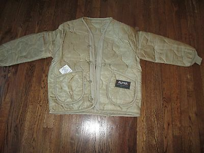 m65 liner,ALPHA, us made, als92,new old stock, khaki  MEDIUM, large  label