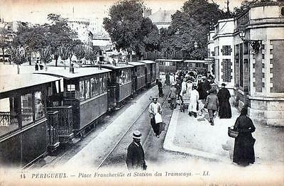 Cpa 24 Perigueux Place Francheville Station Des Tramways (Superbe Cpa