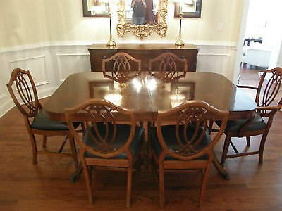 Antique Hepplewhite Duncan Phyfe Mahogany Dining Set: Buffet, Table, & 6 Chairs