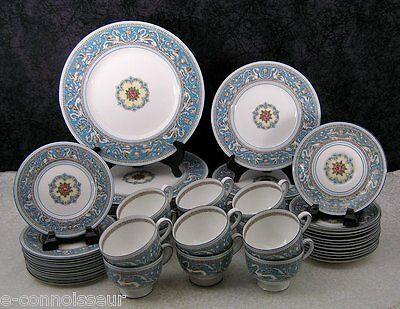 (60) Piece Wedgwood Blue Florentine W2714 Bone China Dinner Service for 12