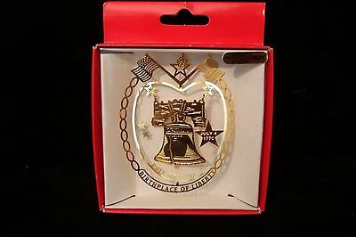 Nations Treasures LIBERTY BELL Brass / 24K Gold Flashed Ornament Philadelphia PA