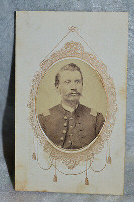 CDV Officer from ILL. 9th. Infantry 1St. Lieutenant Civil War Period!