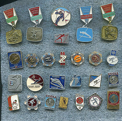Russia USSR  SKIING  26 Pin Badge Medal