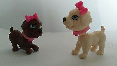 Barbie 2 x Bobblehead Dogs with Magnetic Heads