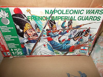 Esci Ertl 1.32  Napoleonic French Imperial Guards - 14 On Spru - Tatty Box
