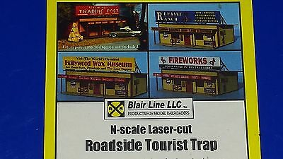 N Scale Roadside Tourist Trap by Blair Line