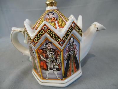 Beautifully Decorated Sadler 4440 King Henry Vlll And His Six Wives Teapot