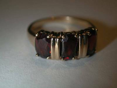 Estate 14k Gold Triple Oval Garnet Ring Sz 7