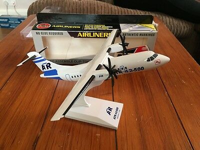 ATR 42-500 House Colours Aircraft Model 1:100 Scale SkyMarks BRAND NEW RARE
