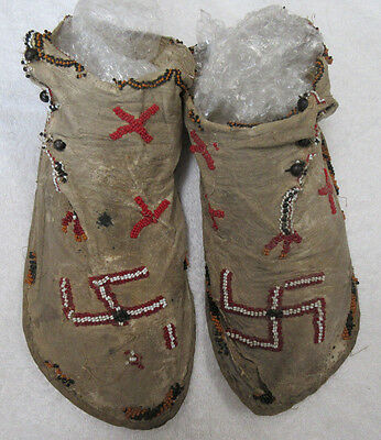 Great Pair Of Old Beaded Southwest High Top Moccasins--Nr!