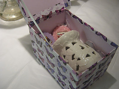 Yankee Candle Melts/tarts With Embossed Butterfly Burner .. Gift Set