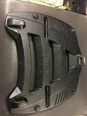 Givi M3 (?) Baseplate and Monorack Arms