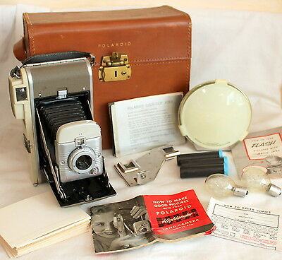 Vintage POLAROID Model 80A Land Camera Folding With Leather Case Extras Flash